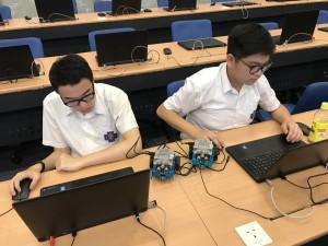 資訊及通訊科技科 --- 電腦科學大挑戰mBot編程工作坊